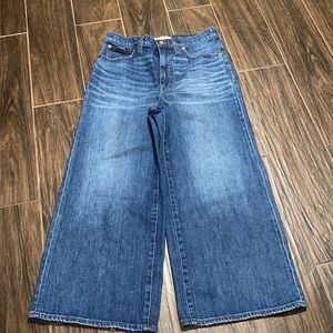 Madewell light wash wide leg crop jeans